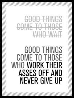 bonnes-choses-arrivent-travaillant