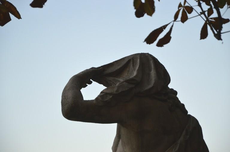 La discrétion des statues du jardin des Tuileries, automne 2015
