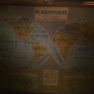 Planisphère dans un restaurant des quais du 13e, Paris