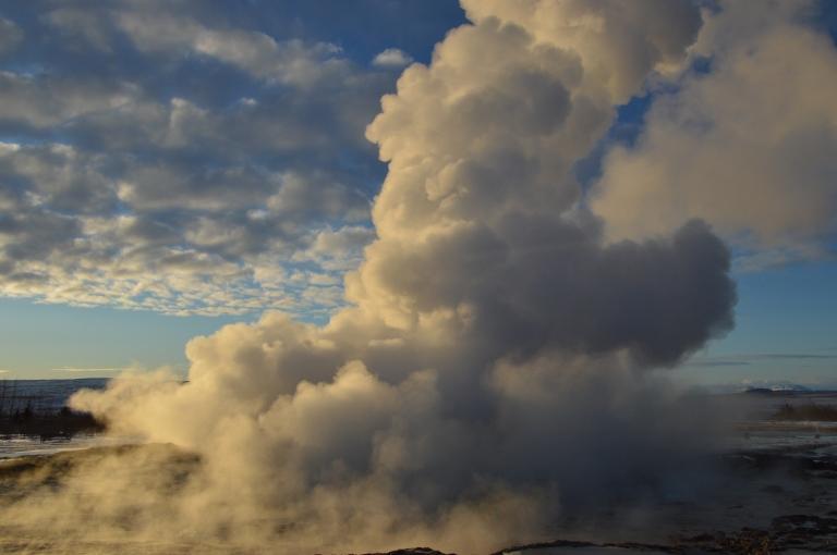 Le geyser Strokkur, Cercle d'Or, Islande